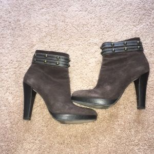 Size 7.5 brown suede booties